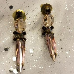 6.2 gram Sorelli Vintage Dangle Drop Earrings